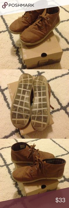 TOMs (Boys) Toms Boys hightop style shoes•Worn a few times•Great condition•Size 4.5•Color Paseo Mid Brown•Any questions please ask, Thank you! TOMS Shoes Sneakers