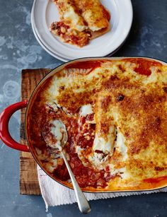 Roasted red pepper, sundried tomato and ricotta cannelloni - the ultimate cheesy tomatoey gooey yumminess dinner to warm you up!