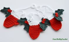 ~Ready to ship~  This listing is for a crochet Christmas garland with 4 holly…
