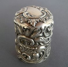 Shiebler Victorian Sterling Sewing Thread Case