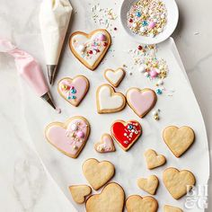 These adorable heart-shape sugar cookies are the perfect treat for Valentine's Day. Show friends and family you care by baking up a batch, or use them to top off a magnificent Valentine's Day cake. Valentines Day Cakes, Valentine Cookies, Valentine Recipes, Easter Cookies, Birthday Cookies, Christmas Cookies, Valentine Theme, Heart Cookies, Sugar Cookies