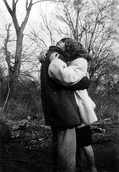 http://armchairoxfordscholar.tumblr.com/post/107673656670/vintagegal-1940s-couple