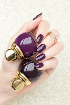 diorific smoky and diorific amethyst - dark red nails for Christmas and New Years'