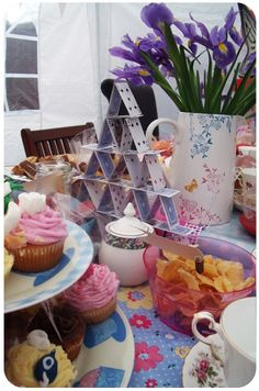 Mad Hatter Tea Party Ideas | mad hatters tea party | Mad Hatter Tea Party idea