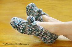 Circular Knitting Needles, Lace Knitting, Knitting Socks, Knit Socks, Knit Slippers Free Pattern, Knitted Slippers, Dishcloth Knitting Patterns, Knitting Stitches, Simply Knitting