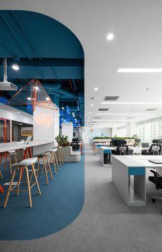 DLS Office by D+ Studio - Office Snapshots Open Office Design, Cool Office Space, Workplace Design, Corporate Interior Design, Corporate Interiors, Office Interiors, Interior Office, Interior Designing, Bureau Open Space