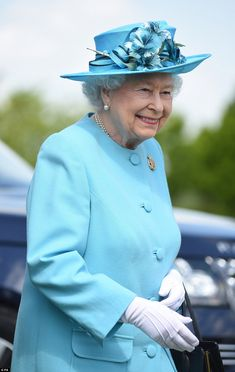 The Queen sheds a tear for fallen soldiers in rare public display of emotion | Daily Mail Online