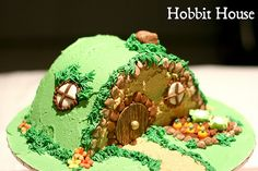 Hobbit Cake Ideas | hobbit house cake hobbit house complete with vegie garden chocolate ...