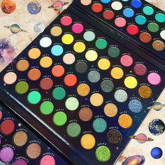 Makeup Box, Makeup Tips, Makeup Eyeshadow Palette, Glow Palette, Pretty Makeup, Cosmetology, Makeup Brushes, Lip Balm, Zodiac
