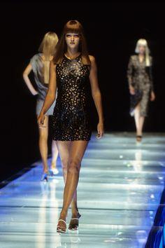 Carmen Kass, Alexander McQueen Spring 1998 Ready-to-Wear Collection Photos - Vogue