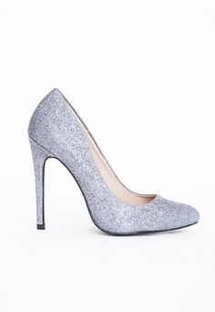 Strut your stuff this season in these fierce glitter stiletto court heels. With a pretty pointed toe and sexy stiletto heel these babies will embrace your feminine side, and get you in the party mood instantly! Team with high waisted midi skirt and keep your ensemble classy.