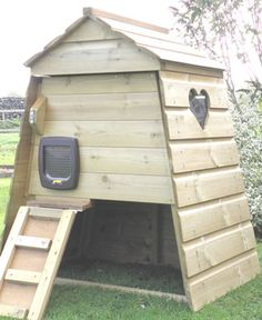 Outdoor Cat House   Cat Kennel   Cat Run   Completely Cats & Dogs