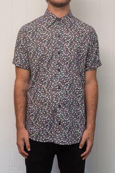 L I T T L E B O Y B L U E MADE IN AUSTRALIA MATERIAL-100% Cotton MODEL- upper chest 96cm, shoulder to hem 80cm, waist/hips 87cm. MODEL WEARS SIZE-