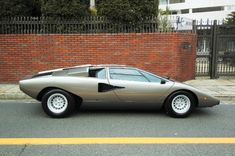 For the car-shadow-series Lamborghini Countach 1977