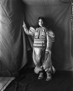vintage everyday: Rare Vintage Photographs of the Inuit People in Canada's Frozen North West During the Early 1900s