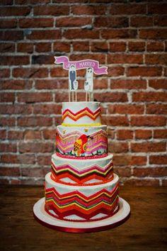 bright + beautiful wedding cake // photo by SloanPhotographers.com
