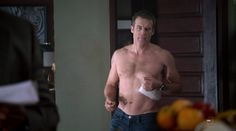 Mark Valley- Human Target ep. 1 capture
