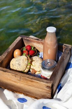Breakfast Specials, Croissant, Glamping, Cheese, Life, Food, Frases, Go Glamping, Essen