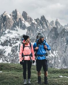 adventure is calling Outdoor Style adventure is calling Cute Hiking Outfit, Trekking Outfit, Summer Hiking Outfit, Adventure Outfit, Adventure Couple, Winter Hiking Boots, Outfit Man, Winter Outfits, Summer Outfits