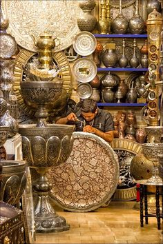 Silver Trader; Bazaar in Isfahan! Fancy Iranian Culture? Support Iranian cinema on www.imvbox.com/