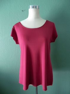 NEW EILEEN FISHER CRANBERRY 100% SILK SHORT SLEEVE TOP LARGE