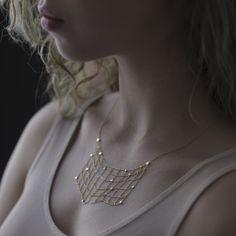WHITE bIRD | Sia Taylor amazing gold necklace