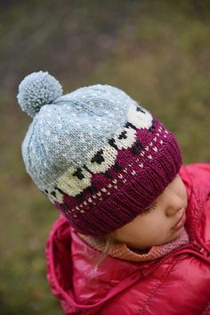 Chloe but with gray top color changed Knitted Hats Kids, Knitting For Kids, Free Knitting, Knitting Projects, Baby Knitting, Crochet Projects, Knitting Patterns, Crochet Patterns, Knitting Hats