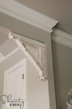 This DIY corbel fits perfectly into any square entrance corner, hallway or connector, and is a great way to add a touch of style and elegance to your home.