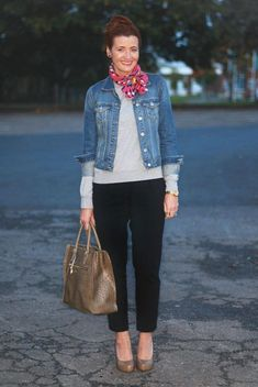 Denim-jacket2-675x1009 6 Fabulous Outfits for Women Over 40 #over50fashionforwomen