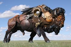 Funny pictures about You Won't Believe What This Guy Did With Old Farm Scrap Metal. Oh, and cool pics about You Won't Believe What This Guy Did With Old Farm Scrap Metal. Also, You Won't Believe What This Guy Did With Old Farm Scrap Metal. Dakota Do Sul, South Dakota, Sculpture Metal, Lion Sculpture, Sculpture Ideas, Driftwood Sculpture, Modern Sculpture, Abstract Sculpture, Fotografia Indiana