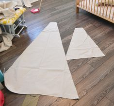 A DIY Teepee Reading Tent u0026 A Woodland Themed Toddler Room | Reading tent Diy teepee and Toddler rooms & A DIY Teepee Reading Tent u0026 A Woodland Themed Toddler Room ...