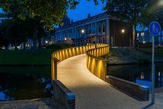Golden Garland,© Jan de Vries