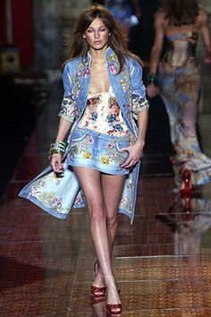 Roberto Cavalli Spring 2003 Ready-to-Wear Fashion Show - Roberto Cavalli, Eugenia Volodina