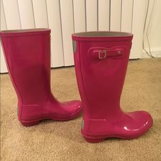 Pink Hunter Rain Boots True to size. Comfortable and cute. Can be cleaned up a bit but still in great condition. Hunter Boots Shoes Winter & Rain Boots
