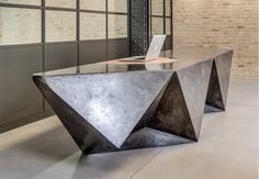 16 Marylebone Lane | Innovative custom made polished concrete reception desk developed in conjunction with Morrow + Lorraine. Concrete Furniture, Iron Furniture, Italian Furniture, Bespoke Furniture, Furniture Makeover, Furniture Design, Tile Showroom, Showroom Design, Interior Design Presentation