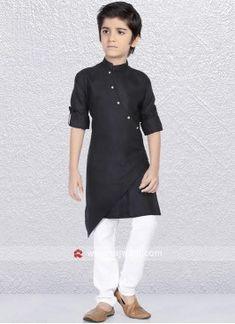 Gents Kurta Design, Boys Kurta Design, Indian Men Fashion, Kids Fashion, Latest Kurta Designs, Designs Kurta, Kids Kurta Pajama, Kids Dress Wear, Boy Dress