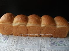 Bernice's Kitchen: 我の第一个长版北海道 Hokkaido Milky Loaf