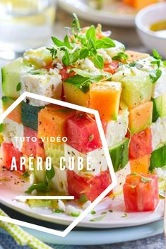 The aperitif cube of the summer in video Best Appetizers, Appetizer Recipes, Tapas, Mexican Food Recipes, Vegan Recipes, Caprese Salat, Crock Pot Food, Party Food And Drinks, English Food
