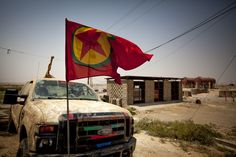 PKK at the Makhmour frontline... - ...with PKK fighters at the frontlines of Makhmour… Location: Makhmour/KRG/Iraq ©Flo Smith/Coterie Collective/Material Evidence