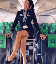 21 Slightly Racy Photos Of The Hottest Female Cabin Crew The Airlines Tried To Ban! Flight Attendant Hot, Great Legs, Cabin Crew, Attendance, Sexy Stockings, Sexy Legs, Sexy Outfits, Dame, Hot Girls