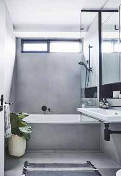 Calming grey bathroom with matt black finishes Photography: Maree Homer Styling; Art Deco Bathroom, Modern Bathroom, Small Bathroom, Bathroom Ideas, Shower Bath Combo, Shower Over Bath, Grey Bathrooms Designs, Bathroom Interior Design, Decoracion Vintage Chic