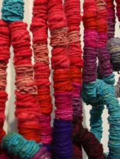 Diy Craft Projects, Diy Crafts, Sheila Hicks, Dance Project, Textiles, Loom Weaving, New Living Room, String Art, Cords