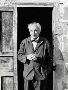Gio Ponti. Con sus trabajos y escritos, el italiano revolucionó el mundo de la arquitectura y el diseño, dos disciplinas que supo unir magistralmente.