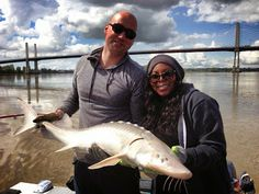 """Shenell hooks up and lands her 1st #sturgeon ever - scanned, measured and released <"""")))>"""