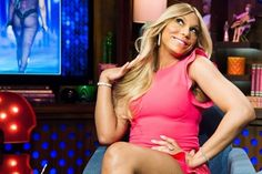"[Watch] Tamar Braxton Takes Over 'Watch What Happens Live' #Getmybuzzup- http://getmybuzzup.com/wp-content/uploads/2014/02/Tamar-Braxton-watch-what-happens-live.jpg- http://getmybuzzup.com/tamar-braxton-takes-over-watch-what-happens-live/- Tamar Braxton Takes Over 'Watch What Happens Live' By Amber B Tamar Braxton was back in the Bravo Clubhouse during her visit to ""Watch What Happens Live"" on Tuesday. Looking pretty in pink, the ""Love and War"" singer cha"