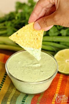 Cilantro Dip Cilantro Dip – A spicy sauce filled with cilantro, jalapeno and serrano peppers, and lime. It's great to use as a dip, a dressing, and even a marinade! Soup Appetizers, Appetizer Recipes, Dip Recipes, Mexican Food Recipes, Thai Recipes, Sauce Recipes, Recipies, Kitchen Recipes, Cooking Recipes