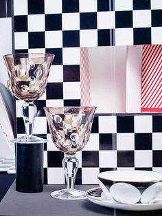 © Gregor Titze, Visual ConcepT & Stylist Sarah Riga Riga, Highlights, Concept, Tableware, Decor, White Rabbits, Cup And Saucer, Alice In Wonderland, Teacup