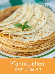 Pancakes are a popular classic. With this recipe-Pfannkuchen sind ein beliebter Klassiker. Mit diesem Rezept nach Omas Art geling… Pancakes are a popular classic. This grandma-style recipe makes pancakes quick and easy. Food Cakes, Easy Cake Recipes, Dessert Recipes, Food Words, Recipe For 4, Popular, Crepes, Brunch, Food And Drink