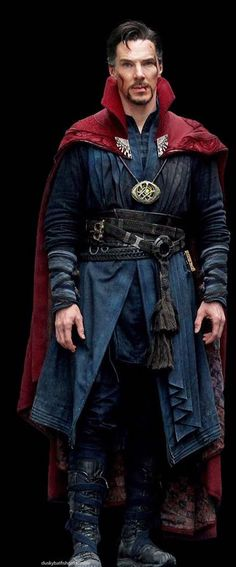 Benedict Cumberbatch as Dr. Stephen Strange in Doctor Strange ; Avengers: End Game Marvel Comics, Marvel Heroes, Marvel Avengers, Sherlock, Hero Squad, Super Anime, Comic Manga, Mundo Comic, Cosplay