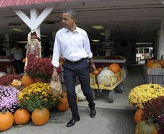 President Obama stops to buy pumpkins at Wood's Orchard in Hampton, VA.